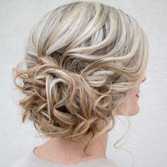 Romantic bridal updo. #hairandmakeupbysteph