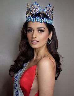 """Find Out Who Was """"Miss World"""" the Year You Were Born Megan Young, Fashion Idol, Miss World, Beauty Pageant, Vogue Magazine, Hot Actresses, Beautiful Women, Celebrities, Sexy"""