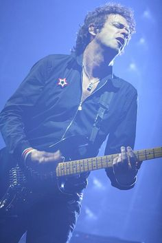 Cerati                                                                                                                                                                                 Más Soda Stereo, Perfect Love, My Love, Rock Argentino, Enjoy Your Life, My Character, Rock And Roll, Pop Art, Bb