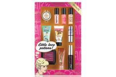 The Best Beauty Gift Sets of the Season if i only got this for Christmas... <3