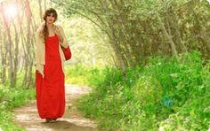 Fotografía: Antonio Gárate Modelo: Marina Mantecón Estilismo y maquillaje: Zsa Zsa Zsú Red Carpet, Lifestyle, Formal Dresses, Fashion, Models, Spring Summer, Maquillaje, Formal Gowns, Moda