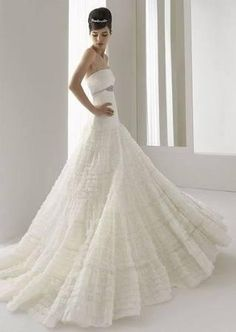 Rosa Clara Aire sz12 Ivory Denise Wedding Dresses Bridal Gown, Retail $2190 - Brought to you by Avarsha.com