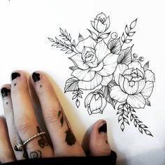 New flowers tattoo desing sketches tatoo ideas Feminine Tattoos, Girly Tattoos, Trendy Tattoos, Rose Tattoos, Flower Tattoos, New Tattoos, Body Art Tattoos, Sleeve Tattoos, Tattoo Sketches