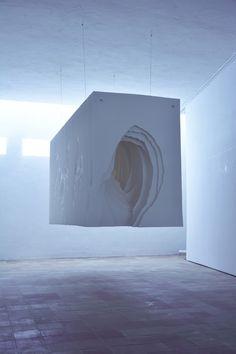 Paper sculptures: Sculptures en papier par Angela Glajcar2015 succession de couche stratification