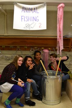 8th grade students volunteering to help run the games at our 2014 Winter Fair.