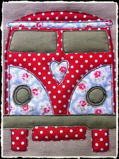 VW camper wall hanging. This would make a cute pillow or bag!