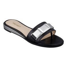 b07514e0bfee Nine West  Xtina Flat Sandals