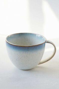 Tasse aus Steingut
