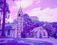 Nova Petrópolis - RS. Foto obtida em P&B em 1990 e tratada com separação de cores e outros tratamentos.