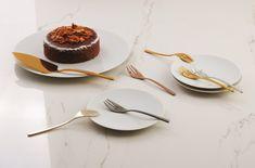 Sambonet Linear 7-delige gebakset - mix&play?   Woldring Panna Cotta, Play, Ethnic Recipes, Food, Dulce De Leche, Essen, Meals, Yemek, Eten