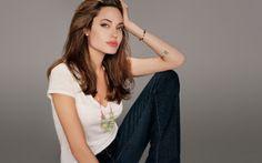Hot Hollywood actress #Angelina jolie