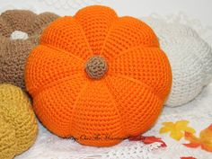 A Lovely Big Pumpkin! - Krissys Over The Mountain Crochet Crochet Geek, Crochet Fall, Easy Crochet, Free Crochet, Knit Crochet, Crochet Pumpkin Pattern, Halloween Crochet Patterns, Biggest Pumpkin, Crochet Fruit