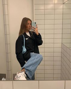 Stolen Inspiration: Fashion, Beauty and Lifestyle from New Zealand- Vous êtes . - Best Women's and Men's Streetwear Fashion Ideas, Combines, Tips Aesthetic Fashion, Aesthetic Clothes, Look Fashion, 90s Fashion, Fashion Beauty, Urban Aesthetic, Aesthetic Style, Aesthetic Outfit, Mens Fashion Outfits
