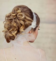 Wedding hair,Veil headband tie of net pearls and flowers. $120.00, via Etsy.