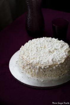 La Meringata di Iginio Massari Italian Pastries, Italian Desserts, Torte Recepti, Sweet Cakes, Pavlova, Something Sweet, Cake Cookies, Wine Recipes, Food Art