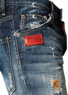 mens jeans tapered -- CLICK Visit link above to see Raw Denim, Denim Jeans Men, Blue Jeans, Denim Branding, Fashion Branding, Estilo Denim, Leather Label, Best Mens Fashion, Mode Style