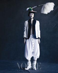 RedPoppy Fashion: VOGUE Korea by Paolo Roversi