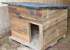 DIY Dog House for a more rustic look that your dog will love! Pallet dog house by angiesrandomprojects.com
