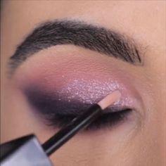 Beautiful Sparkly Makeup - Make-Up Eye Makeup Steps, Makeup Eye Looks, Beautiful Eye Makeup, Smokey Eye Makeup, Eyebrow Makeup, Skin Makeup, Eyeshadow Makeup, Beauty Makeup, Pin Up Makeup