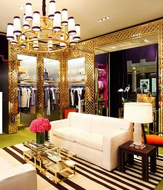 Tory Burch retail.