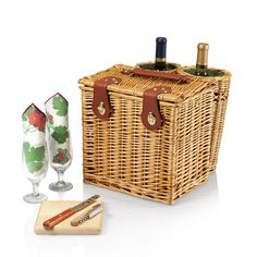 The exquisitely handcrafted Vino picnic basket was designed to be stylish and elegant.