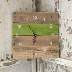 Reclaimed Pallet Clocks