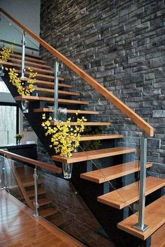 Modern Stair Railing Designs That Are Perfect! Looking for Staircase Design Inspiration? Check out our photo gallery of Modern Stair Railing Ideas.Looking for Staircase Design Inspiration? Check out our photo gallery of Modern Stair Railing Ideas. Modern Stair Railing, Stair Railing Design, Staircase Railings, Modern Stairs, Railing Ideas, Staircase Remodel, Staircase Ideas, Glass Stair Railing, White Staircase