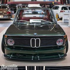 BMW 2002 green