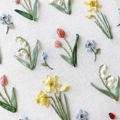 Embroidery Designs, Ribbon Embroidery, Floral Embroidery, Spring Flowers, Needlework, Cross Stitch, Beads, Handmade, Crafts