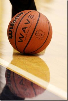these might help with Nashua's awful lighting? :) Some basic, helpful, real-life sports photography tips for Moms. Basketball Photography, Sport Photography, Photography Camera, Photography Tutorials, Photography Ideas, Cool Yearbook Ideas, Shooting Sports, Basketball Pictures, Sports Camera
