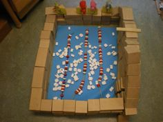 Zwembad in de bouwhoek Classroom Themes, Preschool Activities, Ladybug, Swimming Pools, Education, Diep, Camping, Pirates, Swiming Pool