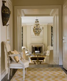 Modern French furniture for a touch of class in the living room,doorway Living Room Designs, Living Spaces, Living Rooms, Living Area, Family Rooms, French Chairs, French Furniture, Antique Furniture, Entry Hall