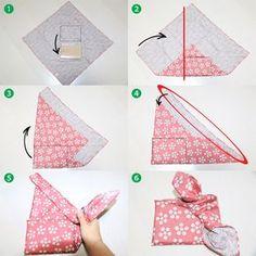 Furoshiki for wrapping a note pad Gift Wrapping Clothes, Present Wrapping, Japanese Gift Wrapping, Japanese Gifts, Gift Wrapping Techniques, Furoshiki Wrapping, Gift Wraping, Christmas Gift Wrapping, Christmas Diy