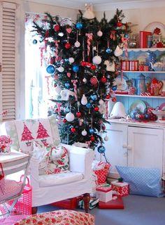 Upside Down Christmas Tree Decorated   Christmas Trees