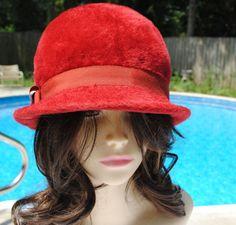 1d6abbcd4e0 Items similar to Vintage Joseph Horne Faux Fur Red Cloche Hat Womans Ladies  on Etsy
