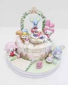 Hello Kitty Fondant Cakes, Cupcake Cakes, Couture Cakes, Baby Shower Cakes, Themed Cakes, Cake Designs, Cake Decorating, Carousel Cake, Hello Kitty Cake