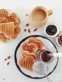 Food Photo, Waffles, Muffin, Food And Drink, Breakfast, Diy, Boho, Recipies, Morning Coffee