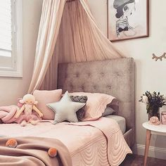 Did you know you can now find our blush Pom Pom blanket by Kip and Co in the SALE section of our website at 30% off? Stock is now limited so don't delight you want one of these at this bargain price!! How amazing is this beautiful big girl room @vanessa__mclean has designed for her daughter? Truly magical Store link in our bio x