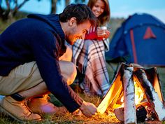 Useful Camping Tips You Must Know Before Going. Are you planning a camping trip? Are you prepared for some camping basics? While you may think you know the basics, it is never a waste of time to become f Camping Snacks, Camping And Hiking, Camping With Kids, Family Camping, Tent Camping, Camping Gear, Outdoor Camping, Camping Stuff, Camping Breakfast