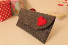 Felt Wallet  / Magnet button / Gray color with heart figure on it