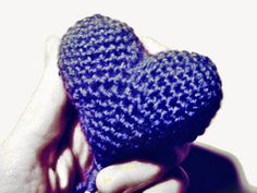 AMIGURUMI HEART Gloves, Beanie, Diy, Crafty, Heart, Fashion, Amigurumi, Beautiful Things, Tutorials