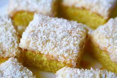 Saffransrutor i långpanna Candy Recipes, Baking Recipes, Scandinavian Food, Swedish Recipes, Bread Cake, Christmas Sweets, Food Gifts, No Bake Desserts, Food Porn