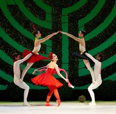 Tamara Rojo as The Red Queen, and artists of the Royal Ballet in Alice's Adventures in Wonderland © Johan Persson/ROH 2011 | Flickr - Photo Sharing!