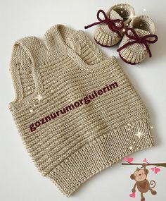 Merhabalar yeleğimin arkasını merak edenler için arkadan görünümünü paylaşıyorum🌷 💘 #BebekYelek #Bebekhırka #Bebekatkı #Bebekpatik #Nako… Baby Knitting, Crochet Baby, Knit Crochet, Baby Vest, Knit Picks, Moda Emo, Baby Sweaters, Knitted Hats, Knitting Patterns