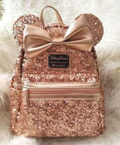 Loungefly Rose Gold Backpack Minnie Mouse Disney Parks Disneyland World NWT Cute Mini Backpacks, Gold Backpacks, Stylish Backpacks, Leather Backpacks, Cute Purses, Purses And Bags, Bijoux Harry Potter, Fashion Bags, Fashion Backpack