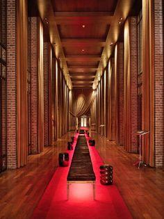 Faena Hotel+Universe, Buenos Aires: Grand entrance
