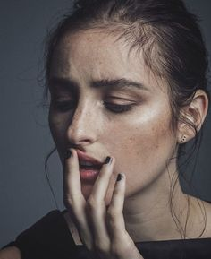 Banks for tmrw magazine Banks Singer, Cute Pins, Heart Eyes, Music Is Life, Tumblr, Magazine, Beauty, Rockets, Queens