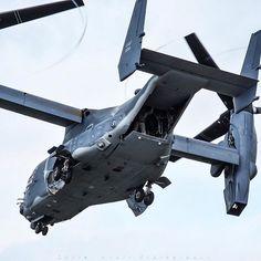 USAF 7th SOS / 352nd SOW Bell-Boeing CV-22B Osprey 12-0064 #RIAT16 #BellBoeing #CV22 #CV22Osprey #7thSOS #USAF #USAirForce #USA #America #USAFE #rafmildenhall #phoon_photos #tiltlife #tiltrotor #military #militarylife #militaryaviation #instagramaviation #avgeek #aviation #aviation