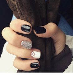 Black and silver - nails Classy Nails, Stylish Nails, Simple Nails, Cute Acrylic Nails, Cute Nails, Pretty Nails, Perfect Nails, Gorgeous Nails, Design Page