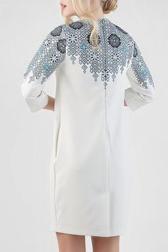 Сукня HRW-DR09 - унікальний вишитий одяг від студії